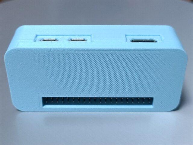 カメラモジュールを内蔵可能なRaspberry Pi Zero WHのケース裏面